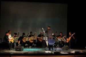 Alumnos dirigiendo la Orquestra